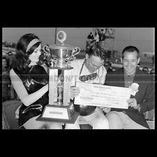 Photo A.013725 DAN GURNEY PILOTE RIVERSIDE INTERNATIONAL RACEWAY 1966