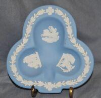 kleine Schale Wedgwood, Blattform, Jasper Ware, antike Szenen, blau (1)