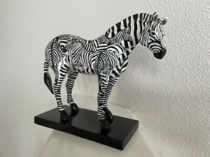 #1524 INCOGNITO (Zebra) Trail of Painted Ponies 2005, 3E/9071