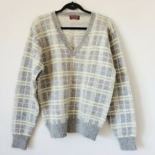 Vintage Wool Sweater Bloomingdale's Traditionalist Grey Pastel V Neck size M/L