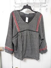 NWT MAURICES Black White Red Peasant V-Neck Blouse Size 1 - MSRP $34