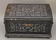 Alte Holzschatulle um 1900 mit Kerbschnitzerei innen mit Spruch