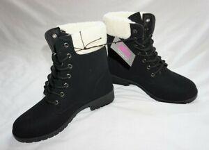 NWT Women's Black BOBBIE BROOKS Lace Up Winter Combat Boots Sz S 6-7