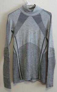 Athleta Women's  Size Large Wool Blend Long Sleeve Pullover Shirt 54023 FA17