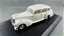 Humber Pullman Limousine in Old English White - 1:43 scale #HPL004