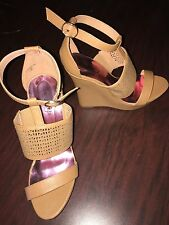Tan Wedge Sandal Size 9