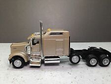 HO 1/87 Promotex/Herpa # 6432 Kenworth K-900 Lift-Axle Semi Tractor Orchid Color