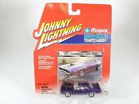 Johnny Lightning 1971 Plymouth HEMI GTX Mopar Muscle Detailed Car Plum Purple