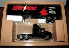 RAYOVAC SEMI TRUCK Kenworth T600A HARTOY PEM 1:64 MINT NEW IN BOX HTF