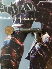Hot Toys Batman Arkham Origins Deathstroke VGM030 Desert Eagle loose 1/6th scale
