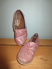 Toms pink sparkle shoes sz 1 kids