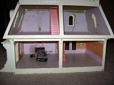 Vintage Mattel The Littles Dollhouse...1980..Lights Up