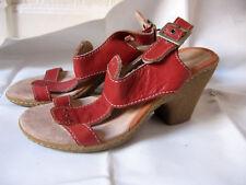 Sandale en cuir  «Camper»  T : 36