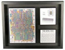 The Intel 4004 - The World's First Microprocessor - D4004 with 4004 Chip Die