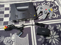 N64 Nintendo 64 Konsole (PAL) + Controller + TV Kabel. Komplett.