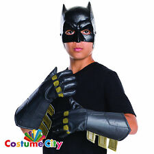 BAMBINO UFFICIALE BATMAN Gauntlets Guanti l'alba di giustizia FANCY DRESS ACCESSORIO