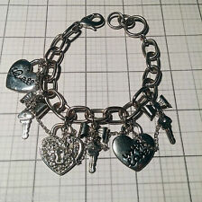 GUESS Silver Metal Chain Link Charm Bracelet Hearts Keys with Love Charms