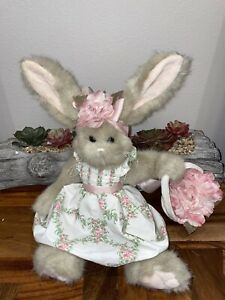 Bearington Bunny Easter Springtime Basket w Pink Flower  Dress Retired 17 Inch