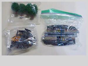 N Scale Life Like Power Loc Operating Dual Crossing Gates, Trees & Scenics