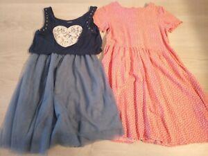 Kleidchen 134 Next + H&M