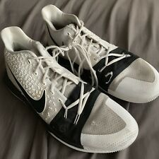 """Nike Kyrie 3 """"Cookies and Cream"""" 917724-100 Men's Size 14 Used"""