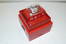 SIEMENS S-LP70-S30S FIRE PROTECTION ALARM STROBE UNIT 30 CANDELA W/ MOUNTING BOX
