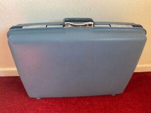 Samsonite Suitcase Vintage Retro 1960s 1970s ?  Blue Suitcase 25 x 18.25 x 7 Ins