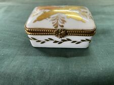 Rare Antique Porcelain De BH Vincennes France Snuff Box/Pill Box/Vanitas