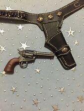 1/6 Cowboy Colt Peacemaker Pistol Holster & 6 Brass Shells - Nice Western Set
