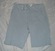 Womens Old Navy Bermuda Stretch Shorts ~ Sz 6 ~ Just Below Waist ~ Blue Striped