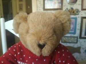Vermont Teddy  Bear Company plush Teddy Bear with Sweater and mittens EUC 15in