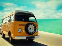 DT YELLOW CAMPERVAN BY THE SEA ART POSTER PRINT BMP10826