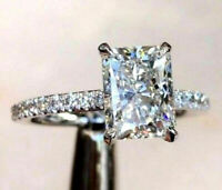 2.50Ct Radiant-Cut VVS2 Diamond Solitaire Engagement Ring 925 Sterling Silver