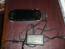 Sony PSP 3000 Playstation Portable ConsoleSystem Charger 2GB Memory Card Daxter