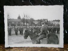 Photo argentique guerre 39 45 soldat Allemand wehrmacht WWII 2 revue a cheval