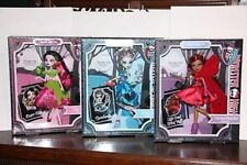 Monster High Story 3 DOLLS Draculara SnowBite Frankie Threadarella DeadRng Wolf