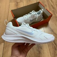 Nike Women's Todos Trainers Size UK 8.5 EUR 43 White BQ3201 102 NEW
