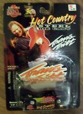 RACING CHAMPIONS NASCAR HOT COUNTRY SIGNATURE SERIES #25 TRAVIS TRITT 1999