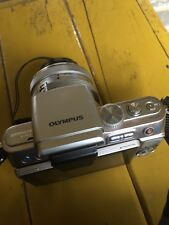 Olympus PEN PEN E-PL3 12.3MP Digital Camera - Silver (Body And 14-42mm lens)