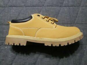Wrangler Shoes Sz8