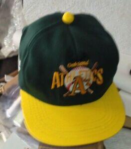 Oakland A's vintage 1990s BASEBALL CAP