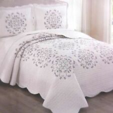 Alyssa Full Queen Quilt Shams Set embroidered floral bedspread coverlet Lilac