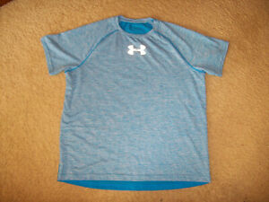 PRE-OWNED UNDER ARMOUR MEN'S BLUE SHORT SLEEVE SHIRT SIZE XL