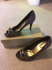 LADIES NATURALIZER BROWN LEOPARD PRINT PEEP TOE SHOES HEELS SIZE 7 1/2 CHRISTMAS