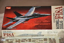 1/144 LS F-18A with low-vis USMC markings