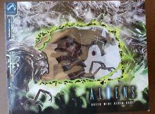 Palisades ALIEN QUEEN mini bust statue Aliens Predator AVP Giger #159