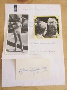 Julie Goodyear Bet Lynch Coronation St  Autograph & Photos on Granada TV Letter