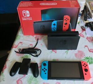 Console Nintendo Switch 32 Go Neon Bleu/Rouge V2 2019 avec Garantie