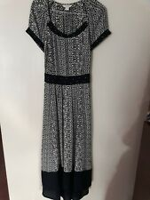 Monsoon white/navy asymmetrical hem scoop neck below knee tea dress, size 10