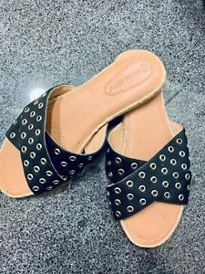 New Corso Como Sandals Navy Blue Leather flats Size 9 M